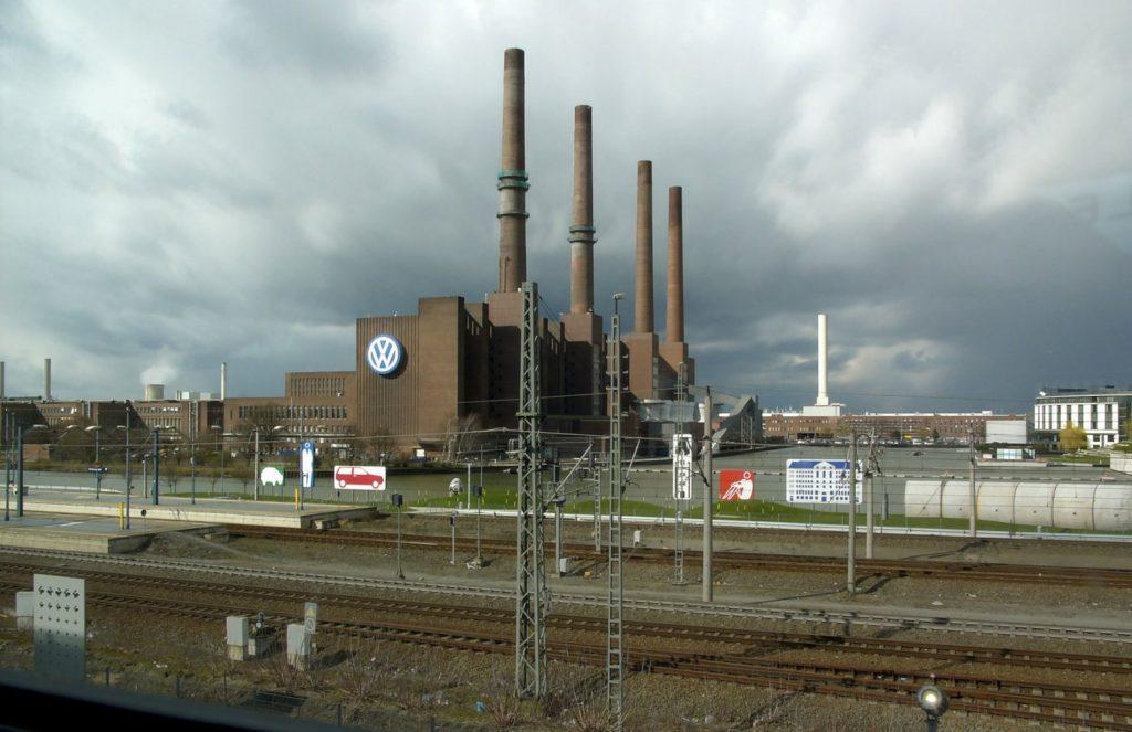 Автомобильный завод Фольксваген в Вольфсбурге