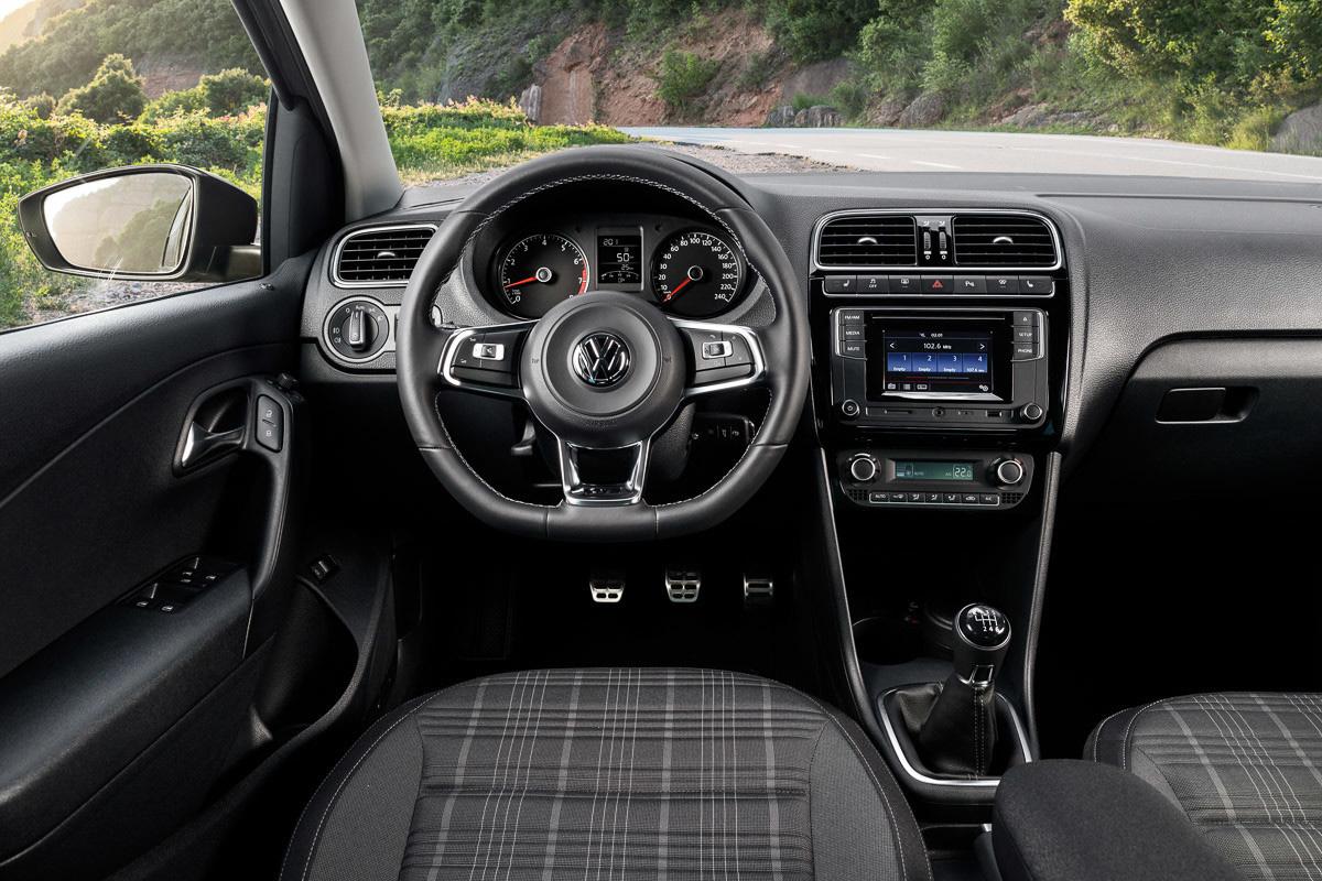 Салон Volkswagen Polo GT