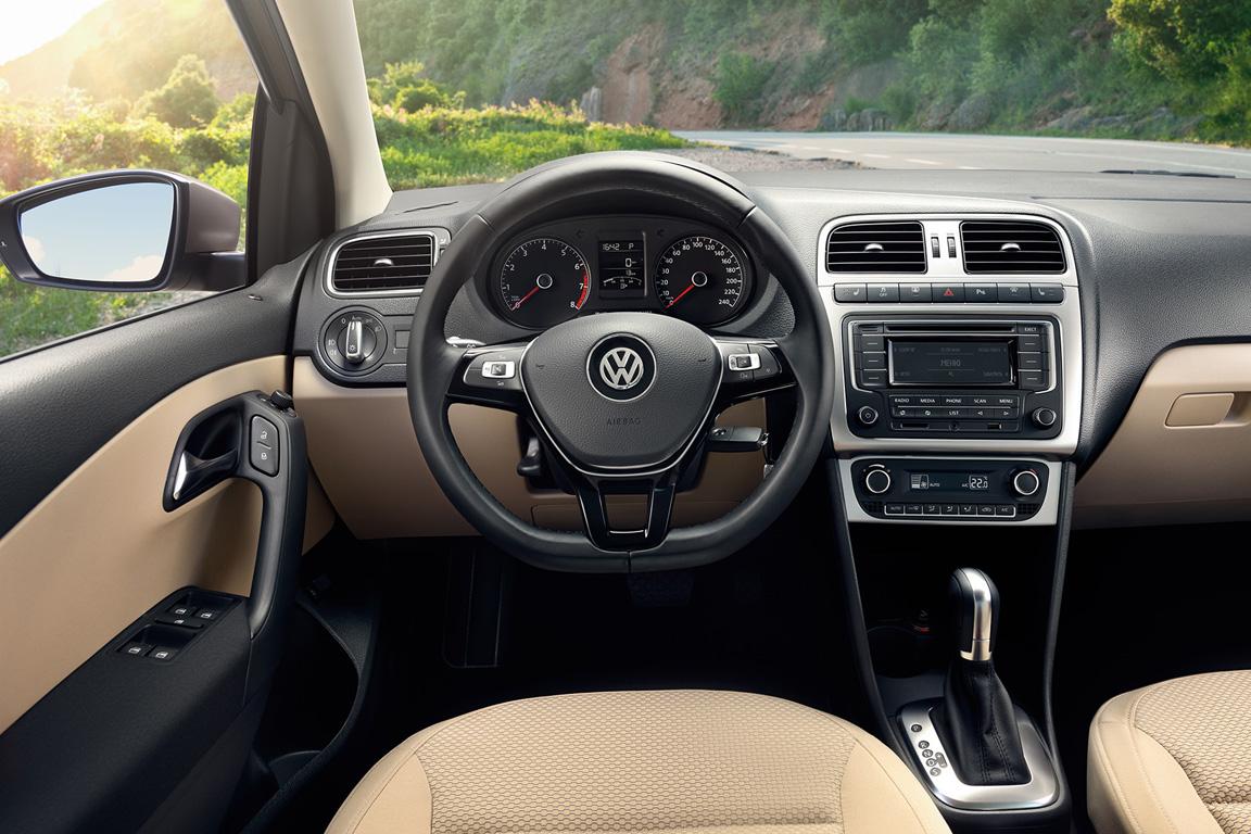 Салон VW Polo 2015
