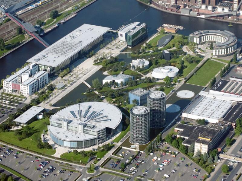 Тематический парк Автоштадт (Autostadt) концерна Volkswagen в Вольфсбурге