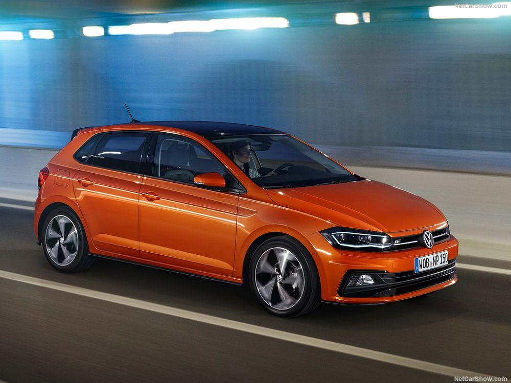 VW Поло хэтчбек 2019 (вид спереди и сбоку)