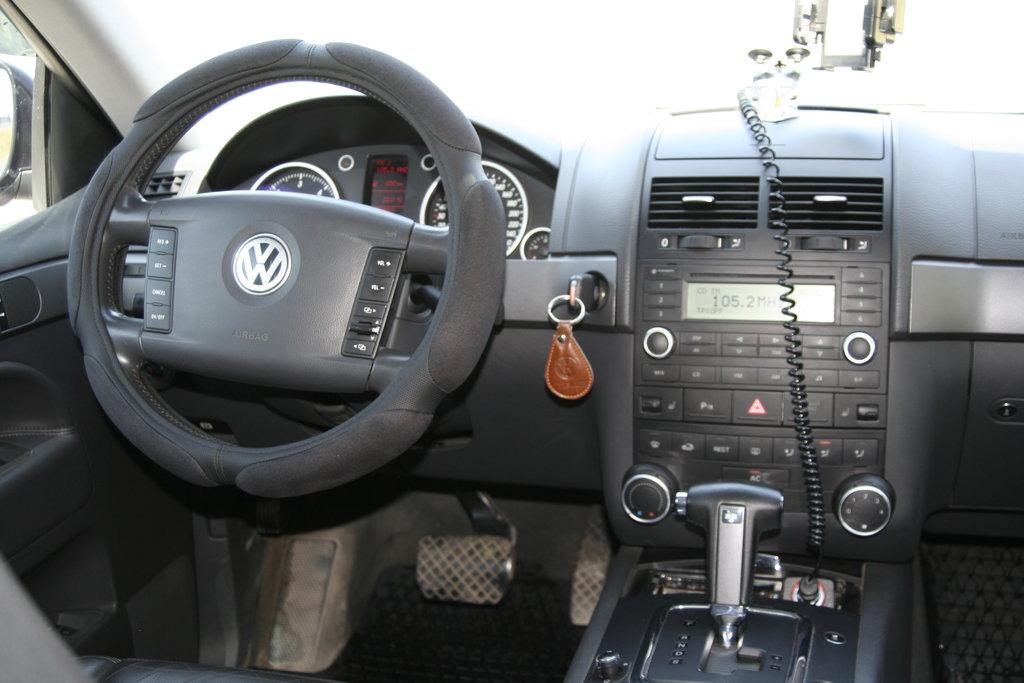 Салон Volkswagen Touareg 2005