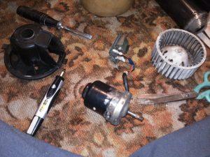 Замена радиатора печки в Фольксваген Гольф 3