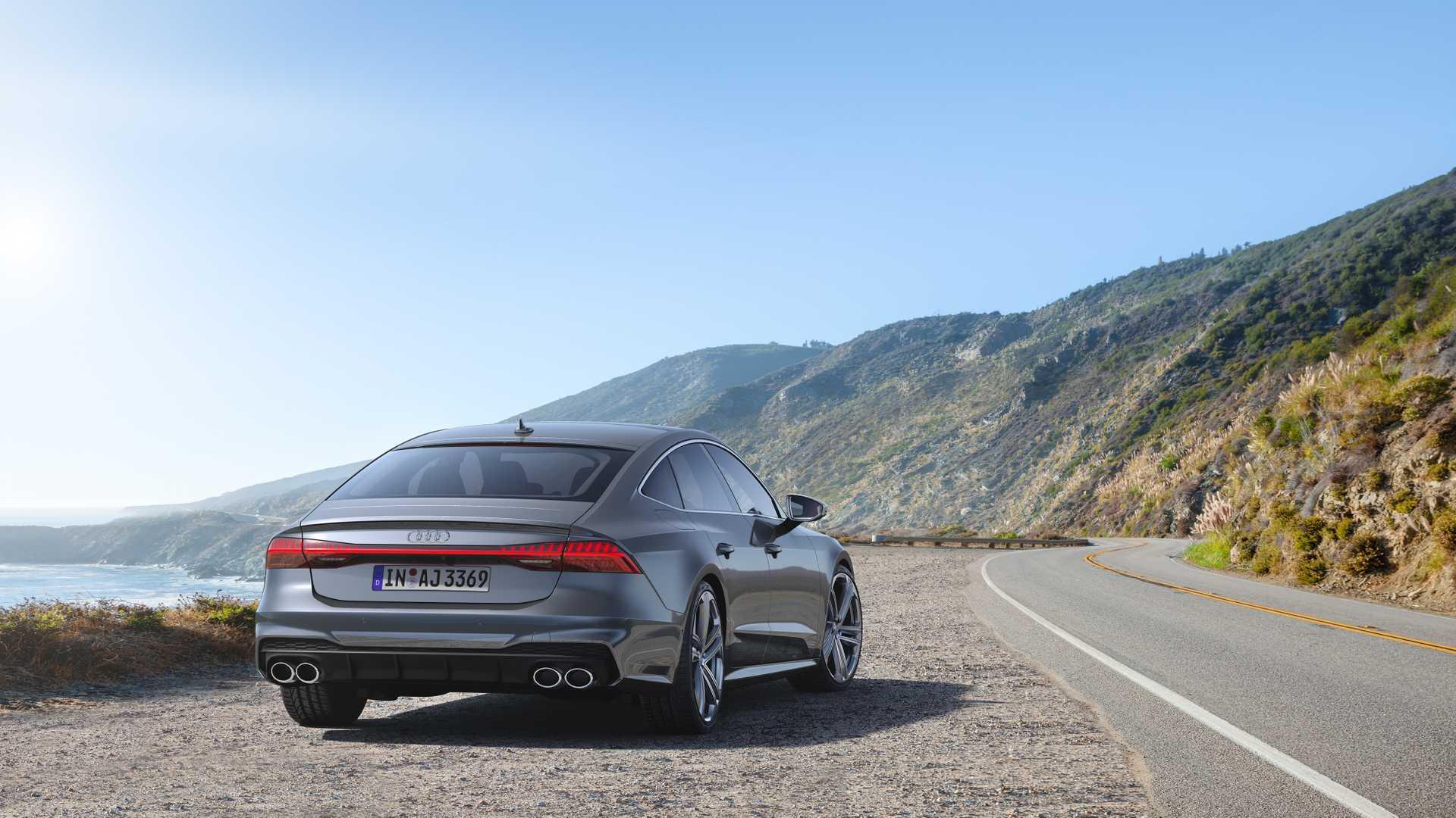 Audi S7 Sportback 2019-2020 (фото сзади)