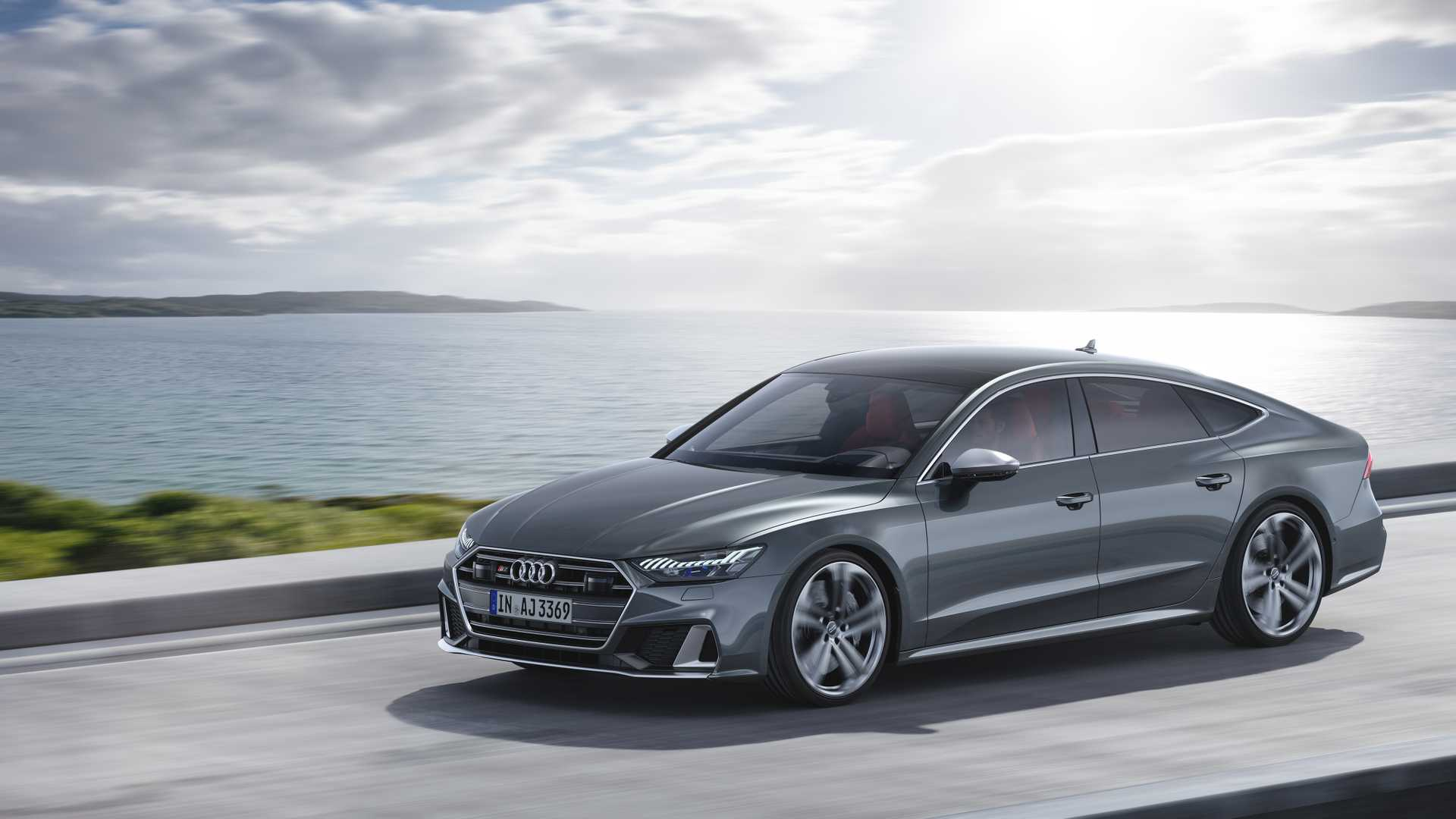 Audi S7 Sportback в движении