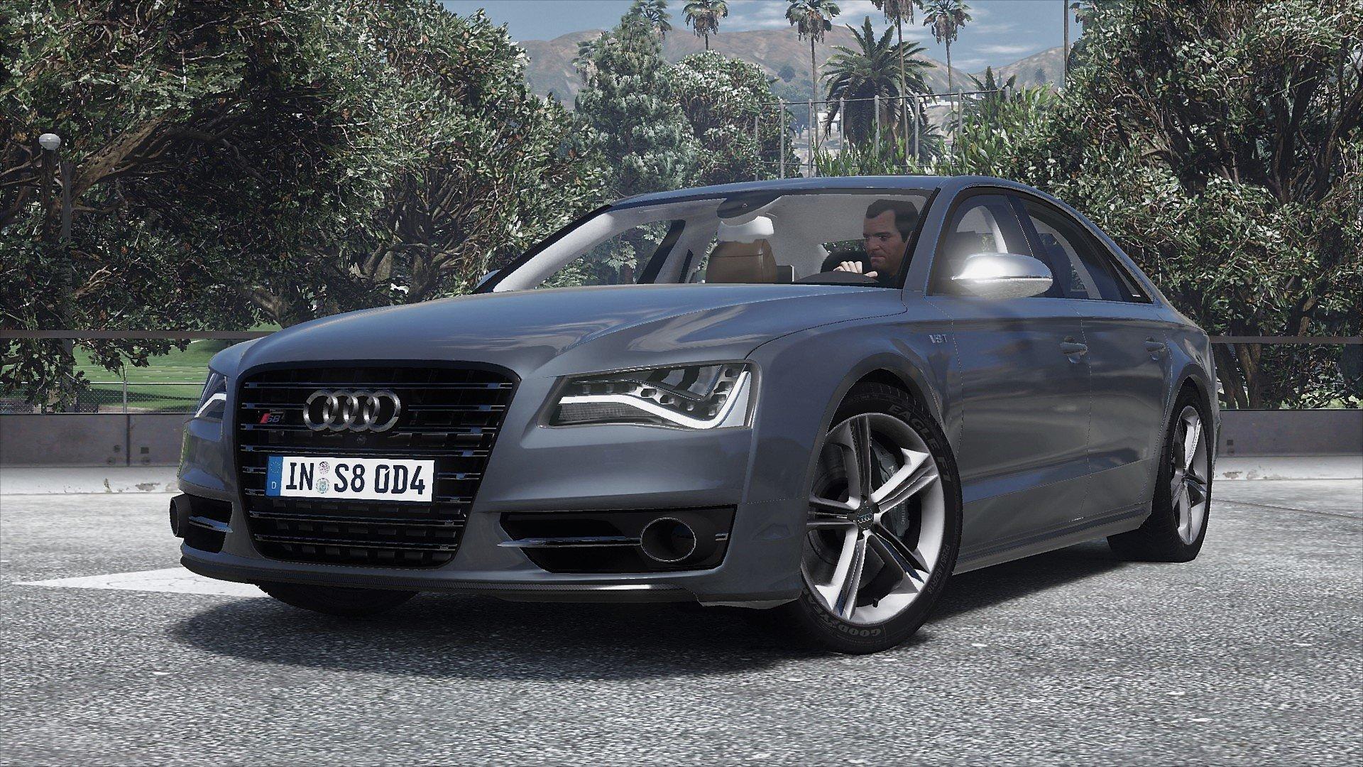 Фото 2013 Audi S8 D4