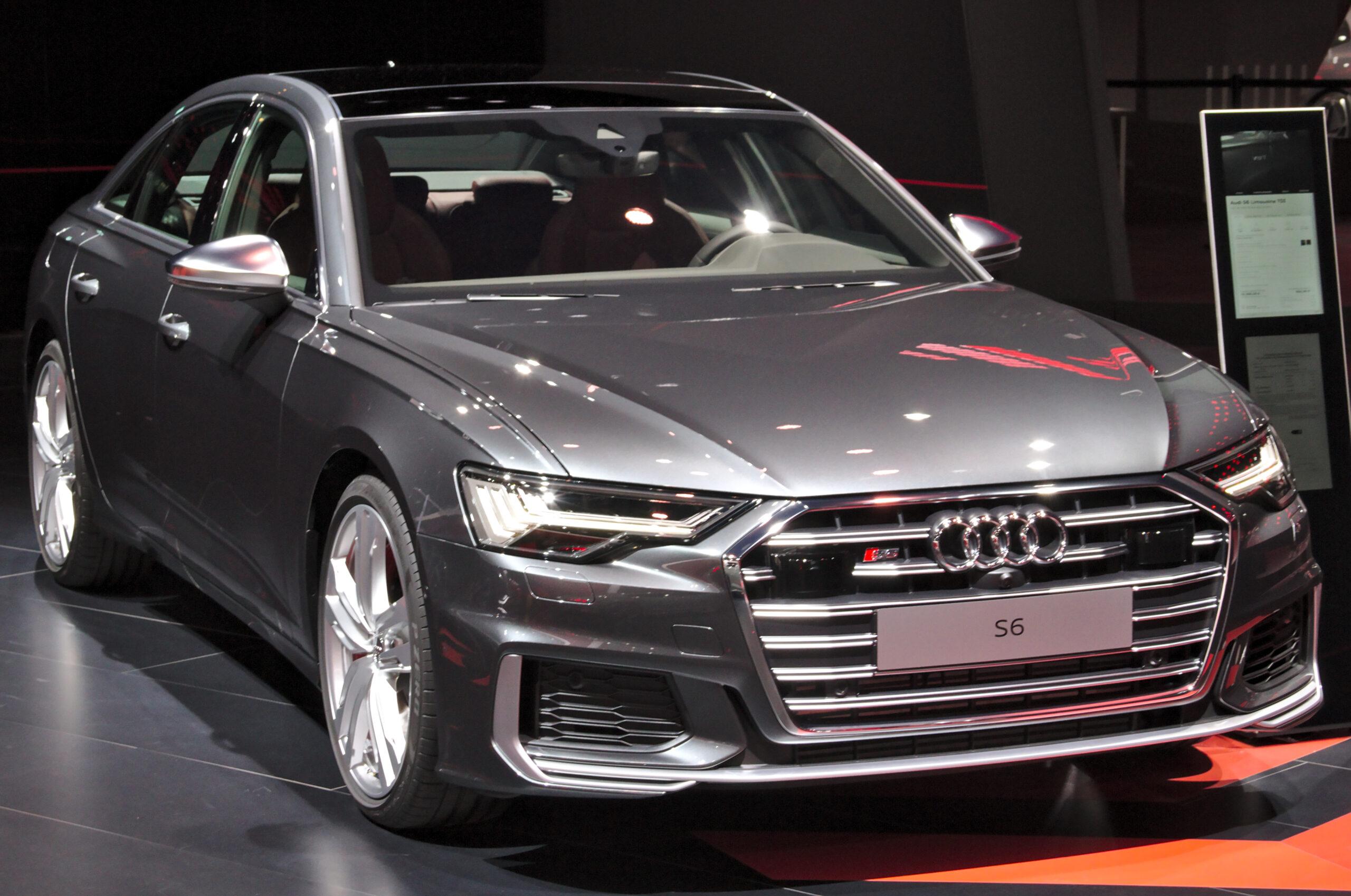 Фото Audi S6 C8