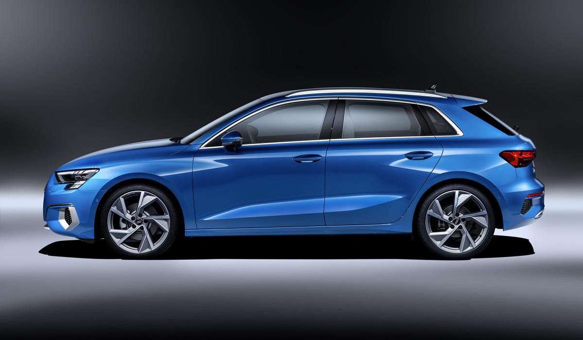 Audi A3 хэтчбек в профиль