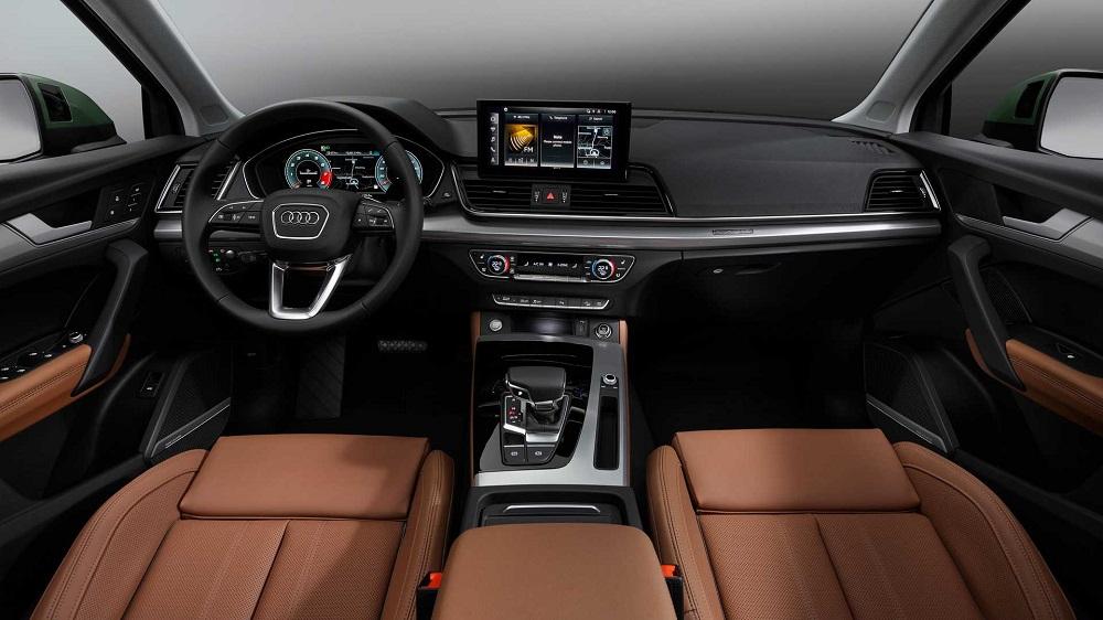 Салон Audi Q5 2020