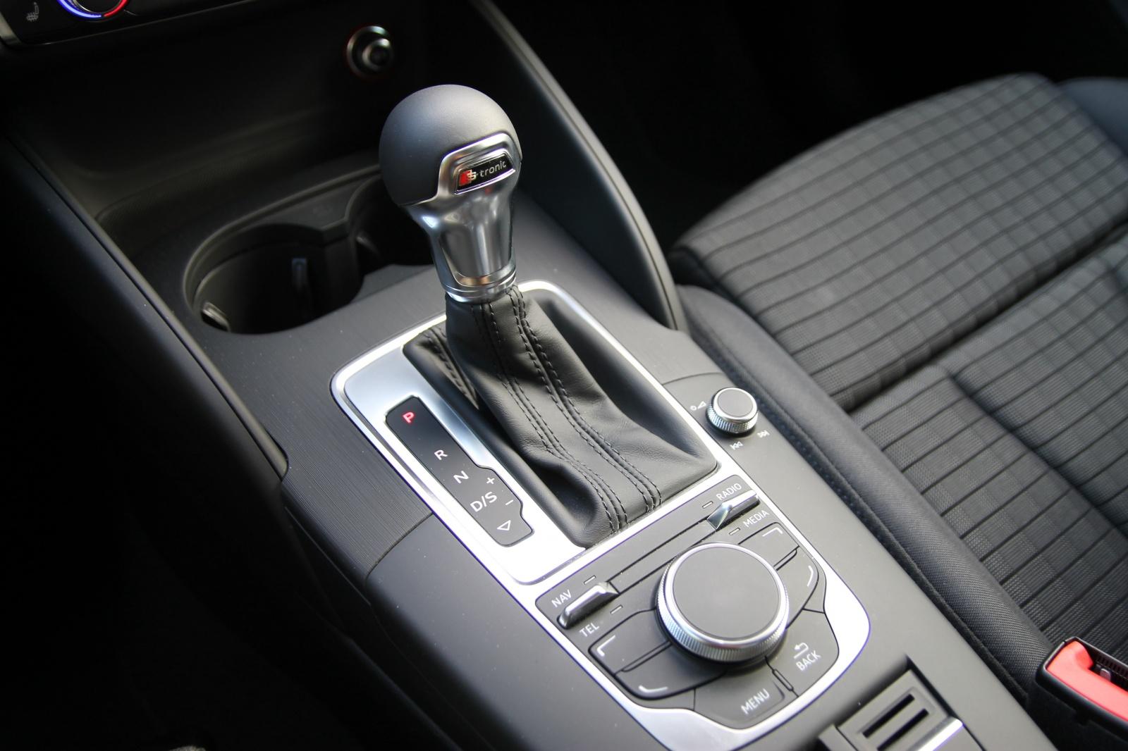 Внешний вид S-Tronic Audi
