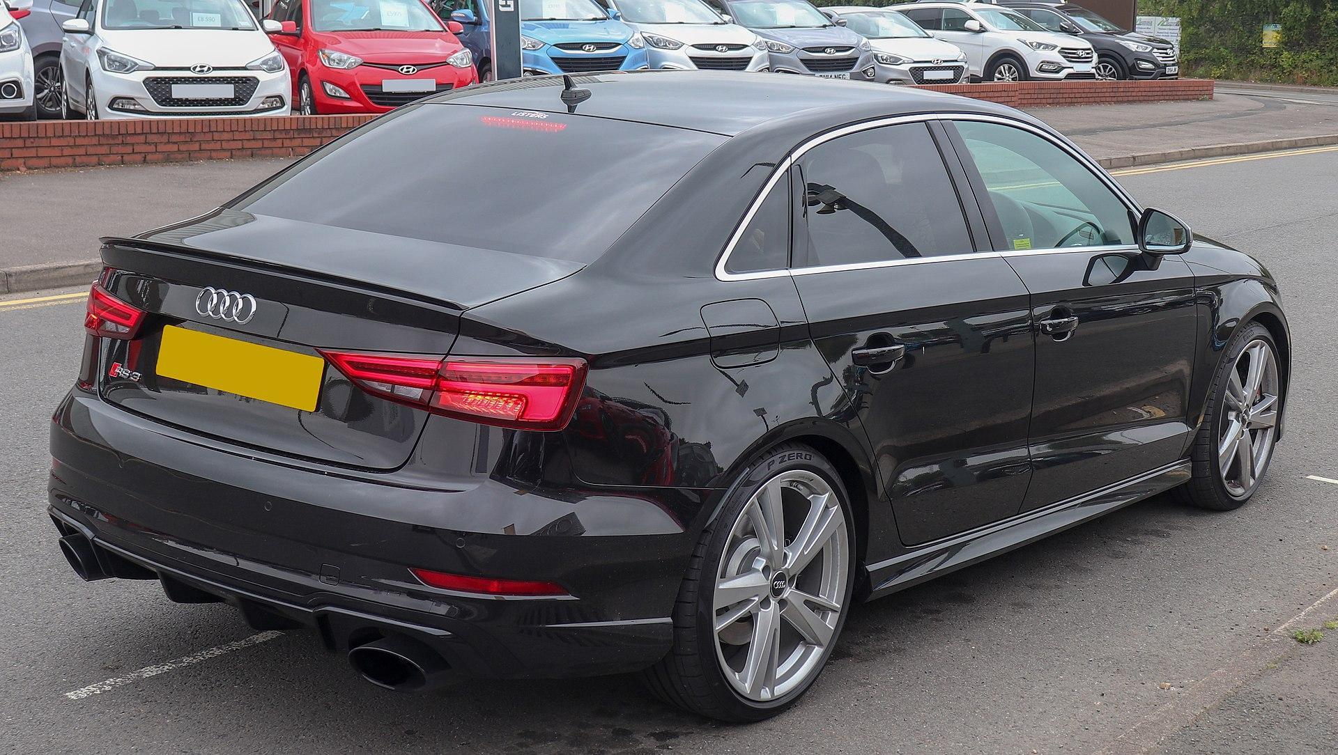 Audi RS3 Quattro S-A (8V)