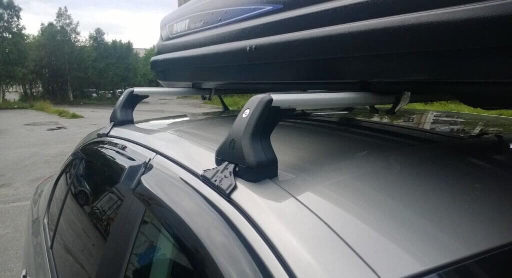 Багажник на крышу Шкода Октавия А7 (крепление на рейлинги)
