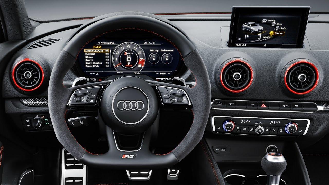 Интерьер 2017 Audi RS3 Sedan