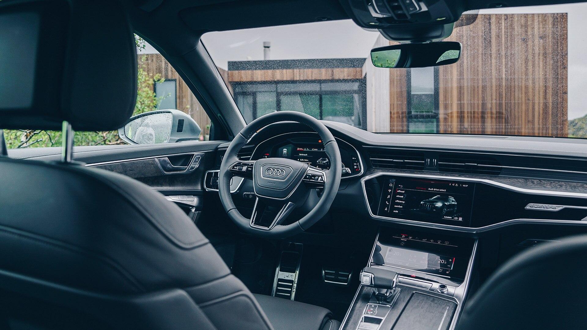 Интерьер Audi A6 allroad quattro 2019
