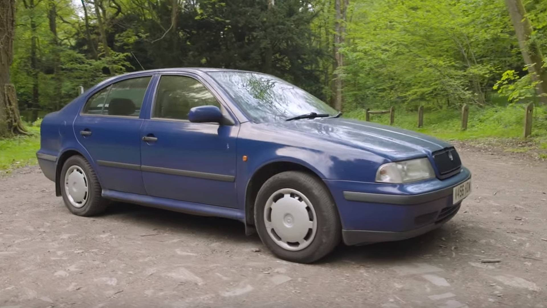 Шкода Октавия 1998 в синем цвете