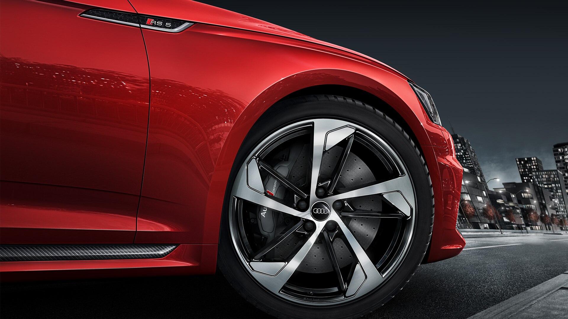 Стильные диски на Audi RS5 Coupe