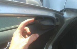 Ремонт и замена стеклоподъемника в Шкода Октавия А5