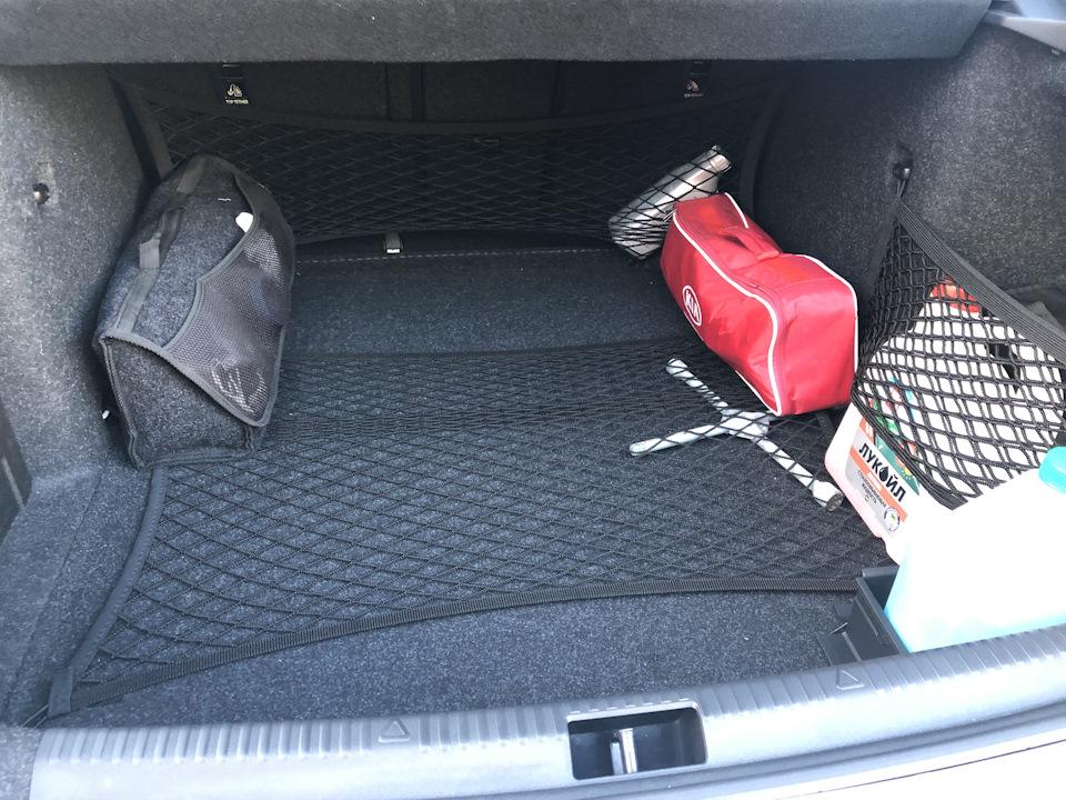 Набор сеток в багажник 5E0017700A для Skoda Octavia А7 Style