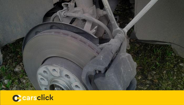 Замена тормозных колодок в Шкода Октавия А7